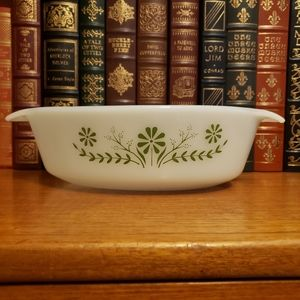 Vintage Anchor Hocking Fire King dish
